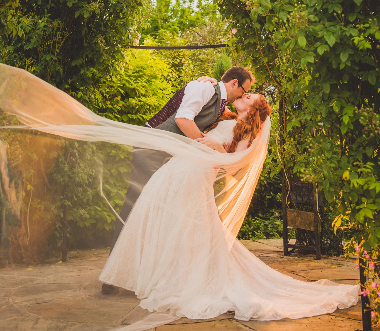 Kingscote Barn Wedding photography – Cotswolds [ Helen + Paul ]