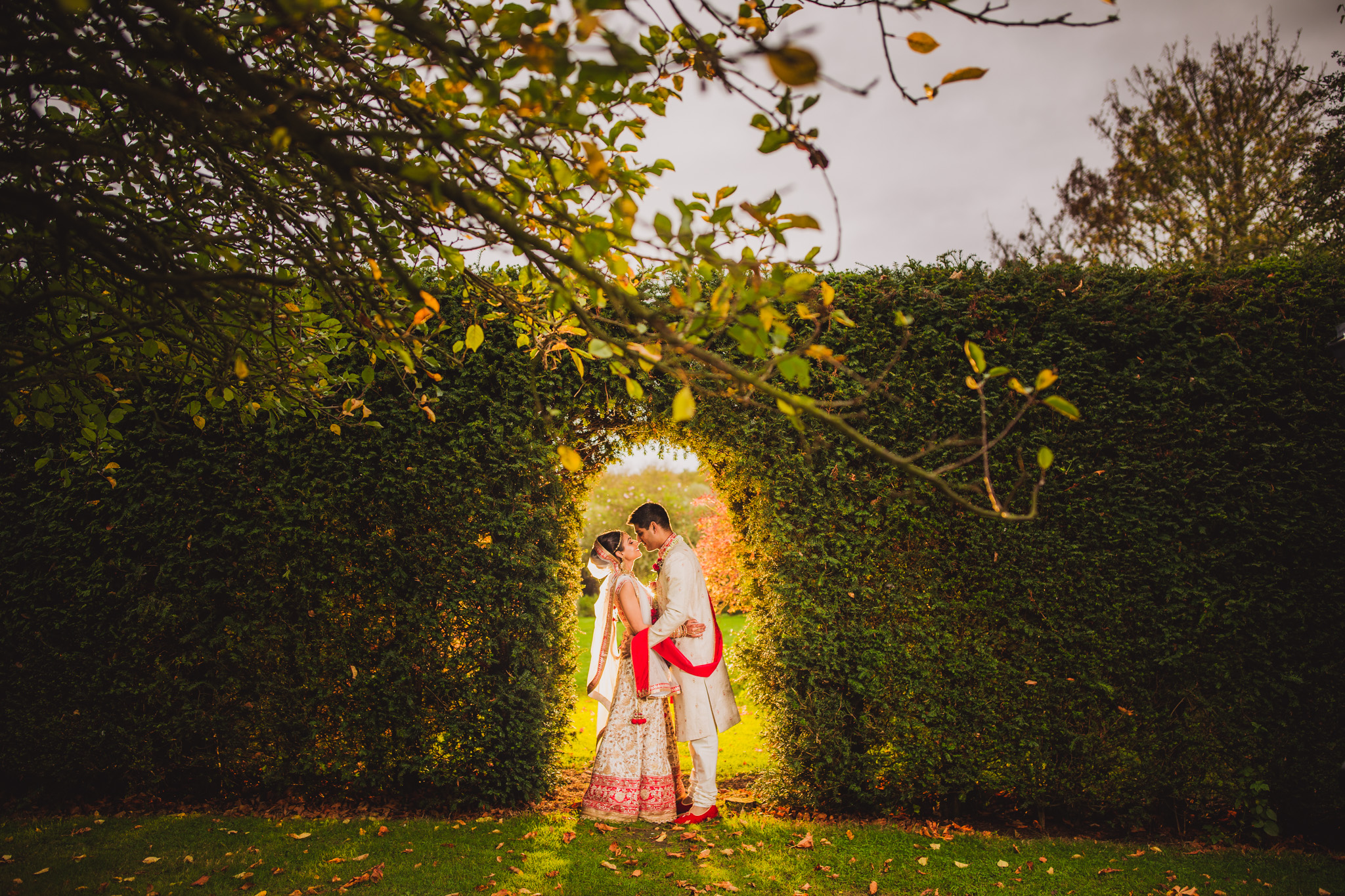 Fennes Estate: Sonam & Shailen Hindu Wedding Photoshoot