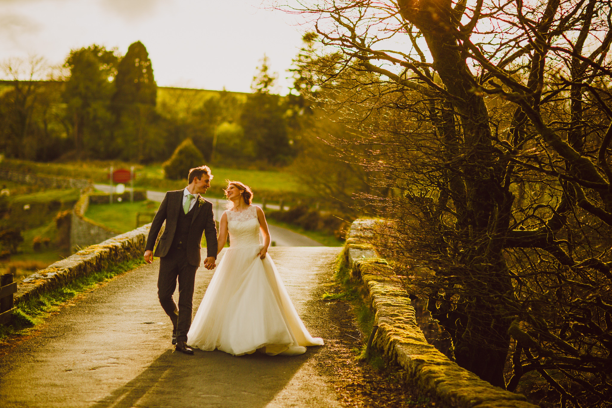 Hope Baptist Church & Two Bridges Hotel Plymouth: Hannah & Peter Wedding Photography