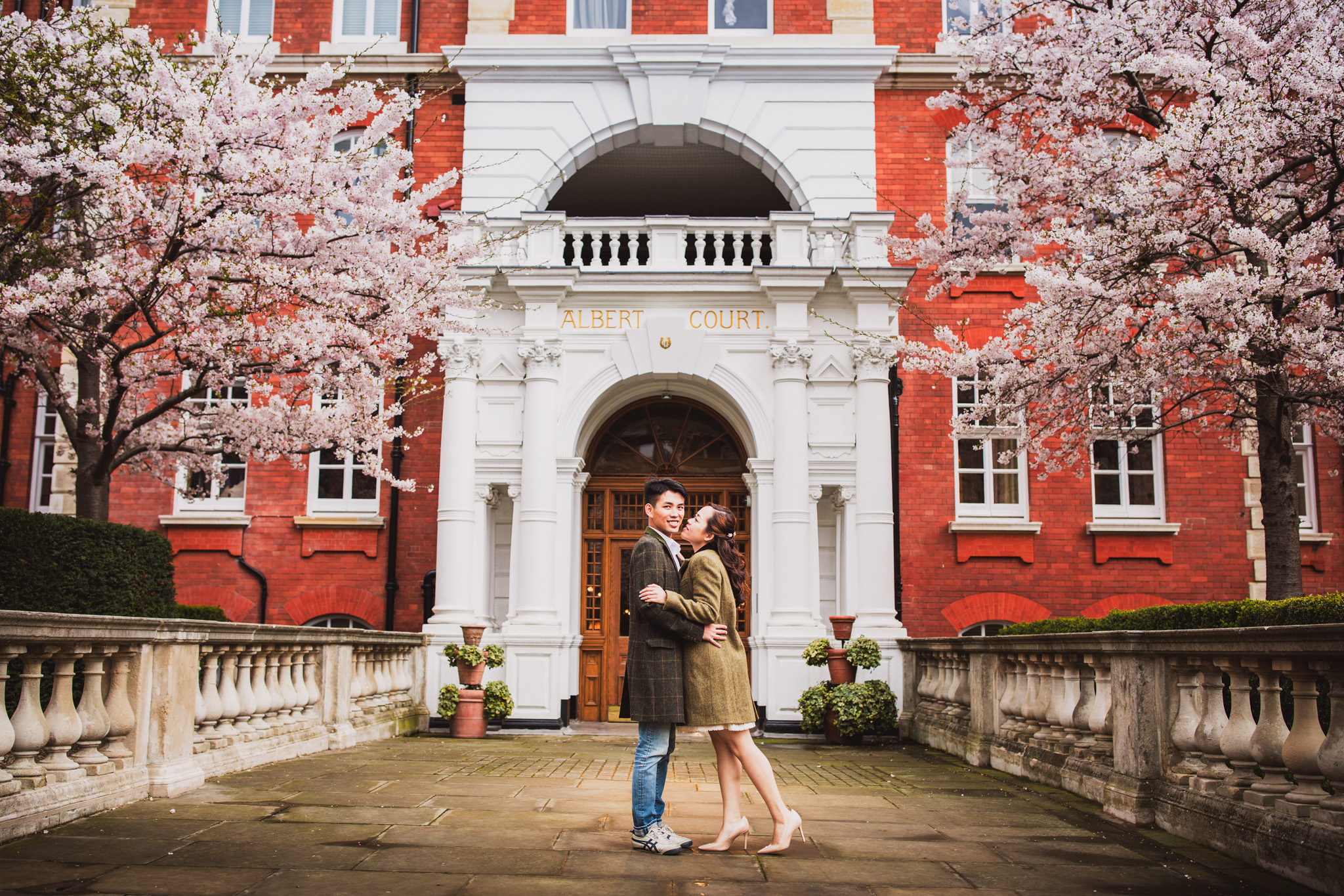 London Pre-Wedding Photoshoot: Vanessa & Gordon