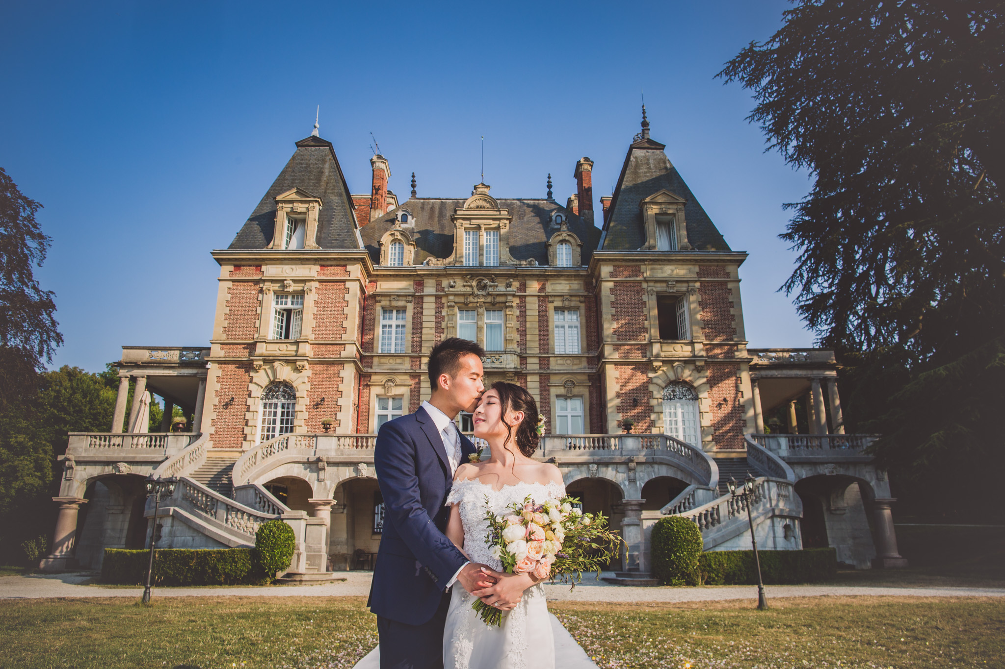 Chateau Bouffemont: Katrina and Sigmund Wedding Photography