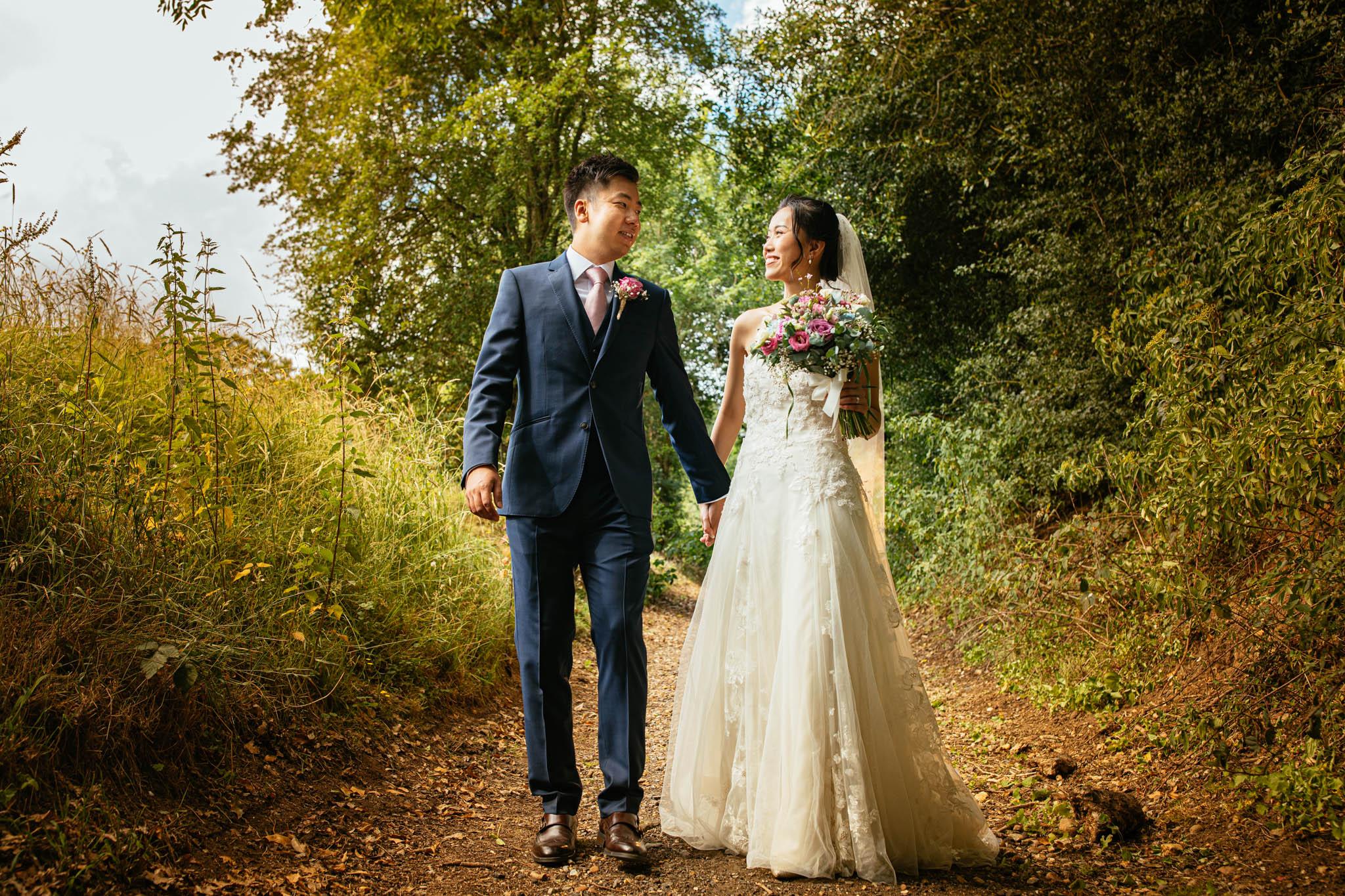 Tewin Bury Farm: Yiling & Stephen Wedding Photo