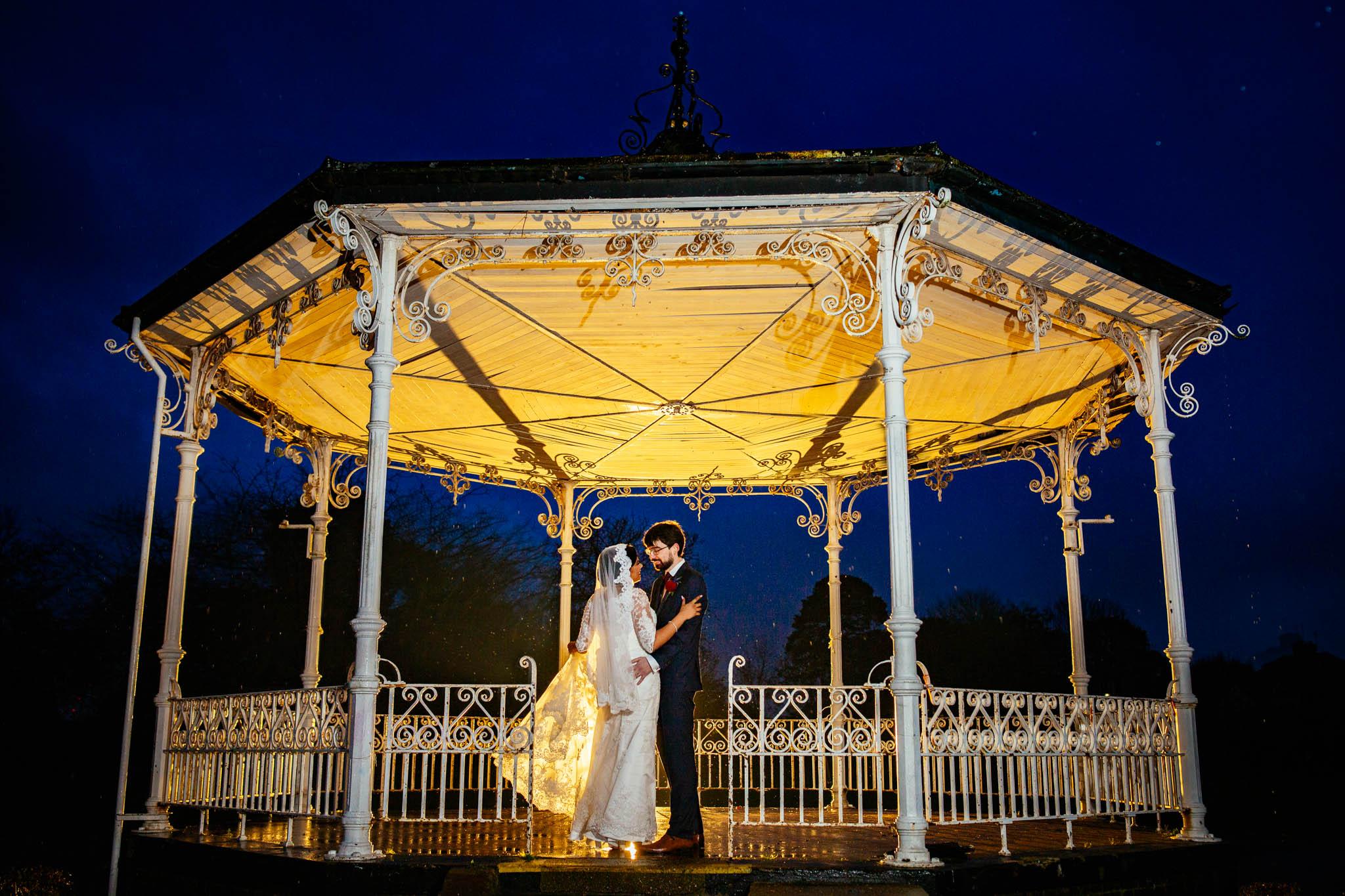 Sheraton Skyline Hotel: Anastasia & Jonathan Wedding Photos